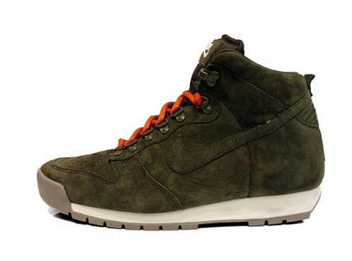Nike Lava Dunk High - Spring 2012