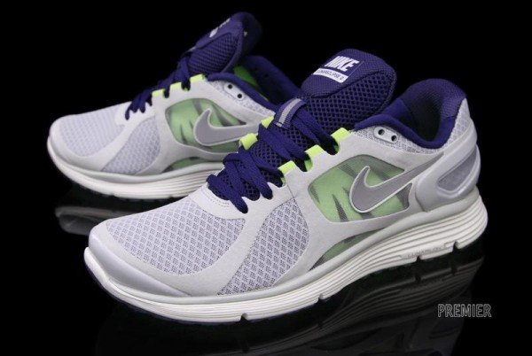 Nike LunarEclipse+ 2 'Pure Platinum' - Now Available