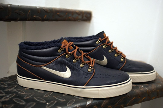 Nike SB Zoom Janoski Mid Premium 'Inuit' - January 2012