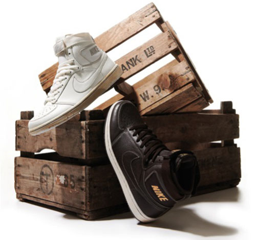 Size? x Nike Dynasty High Vintage Pack
