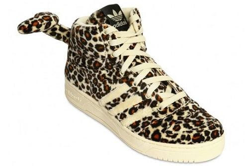 new product 18222 c852c adidas Originals x Jeremy Scott - Leopard Tail