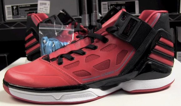adidas adiZero Rose 2 L-Train Christmas Day Video