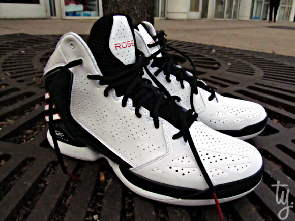 adidas adiZero Rose 773 White/ Black-Red Side