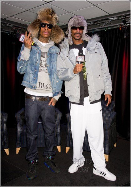 Celebrity Sneaker Watch Snopp Dogg and Wiz Khalifa Stand Stall in Classic Kicks