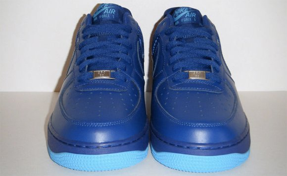 Nike Air Force 1 Low Deep Royal Blue 2012 Toe Box