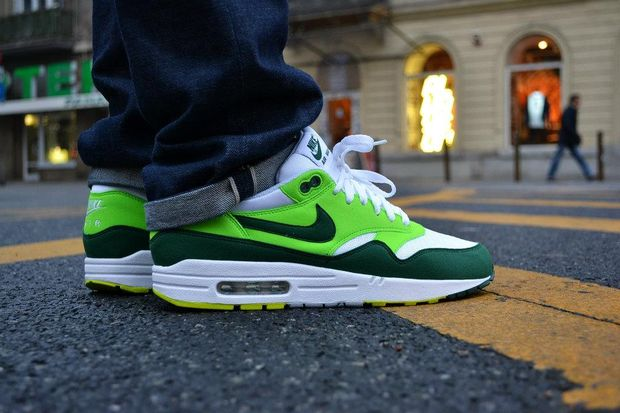 nike-air-max-1-whitegorge-green-light-green-1