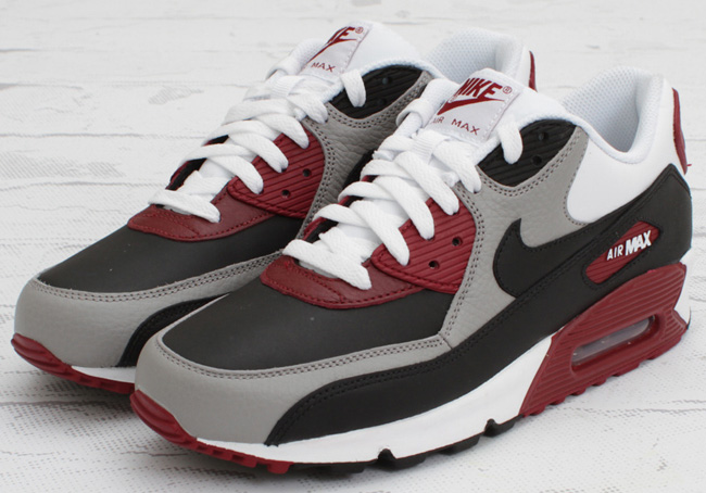 Burgundy And Gray Air Max Le Blog Qui Marche Terres D
