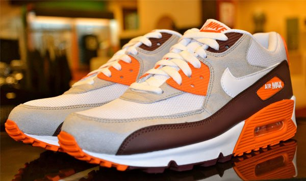nike-air-max-90-whiteorange-burgundy-1