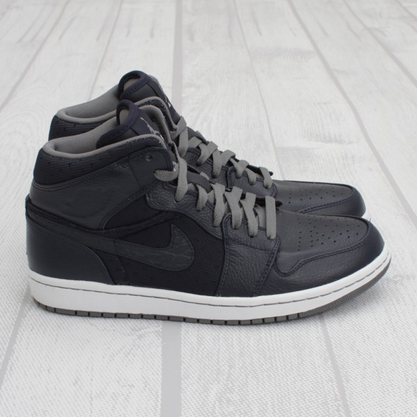 Air Jordan 1 Phat High 'Obsidian' - Now Available