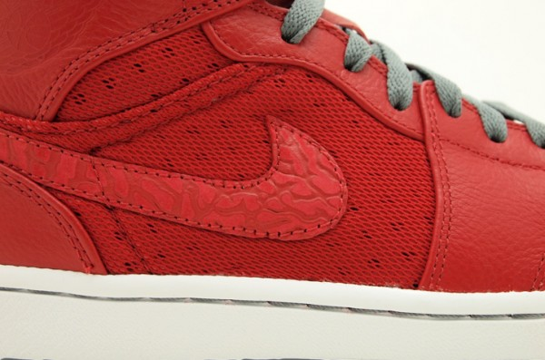 Air Jordan 1 Phat High 'Varsity Red' - Now Available