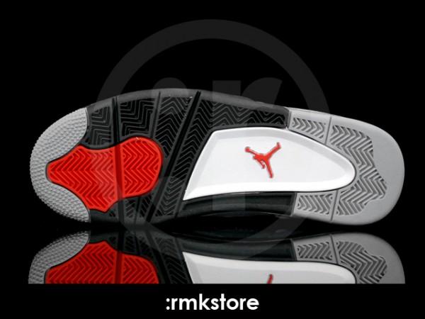 Air Jordan IV (4) Retro 'Tech Grey' - Another Look