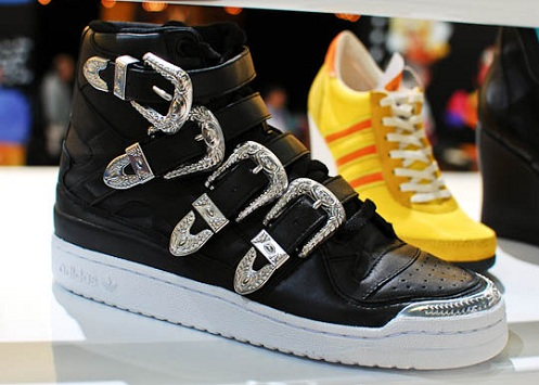 "Jeremy Scott x adidas Originals JS Forum Hi ""Buckle"""