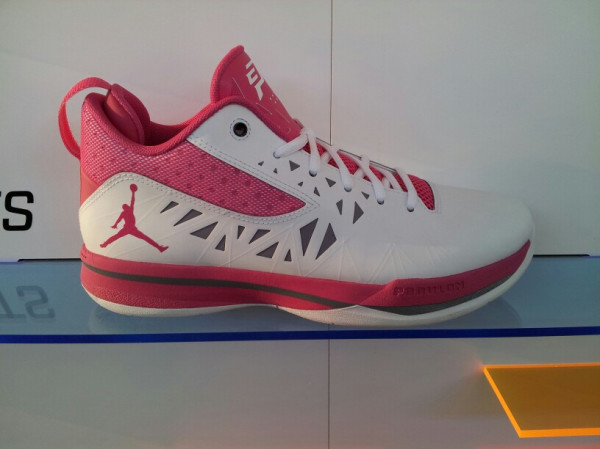 Jordan CP3.V 'Coaches vs. Cancer' - First Look