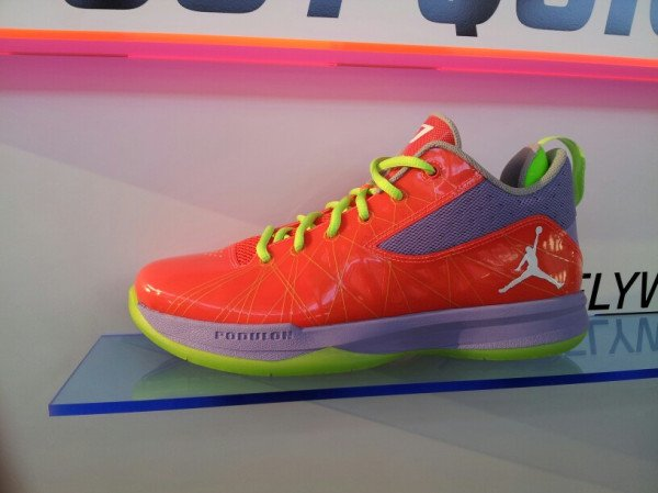 Jordan CP3.V  Dr. Jekyll  and  Mr. Hyde  - First Look  c6ddc5bd12