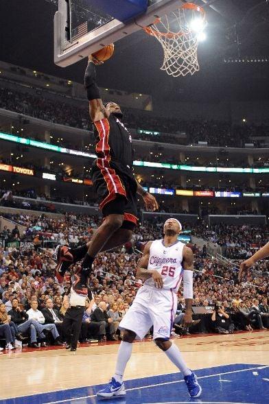 LeBron James Wear Nike LeBron 9 PE in OT Loss to LAC