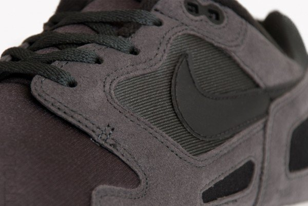 Nike Air Flow 'Anthracite' - First Look