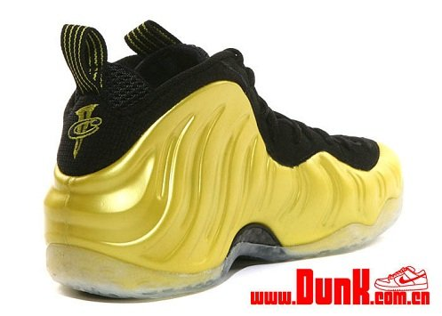 "Nike Air Foamposite One ""Electrolime""/""Golden State Warriors"" - New Images"