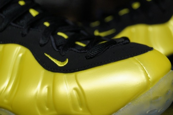 Nike-Air-Foamposite-One-'Electrolime'-aka-'Golden-State'-New-Detailed-Images-5