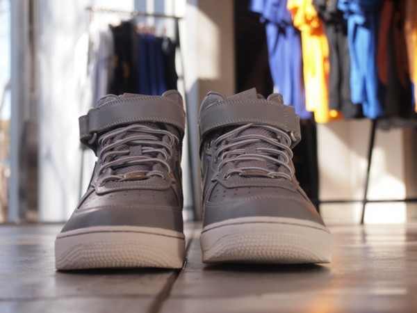 Nike Air Force 1 Mid Premium 'Grey Workboot' - Now Available