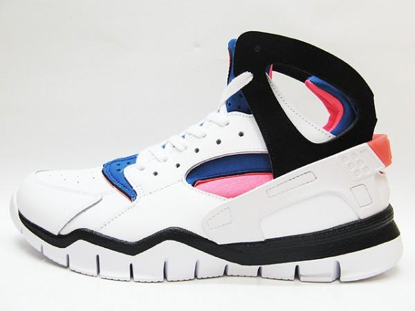 Nike Air Huarache BBall 2012 - White/Black-Mango-Blue - First Look