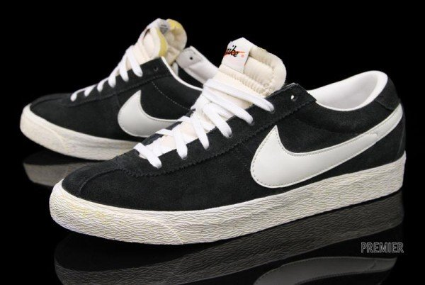 Nike Bruin VNTG 'Black' - Now Available