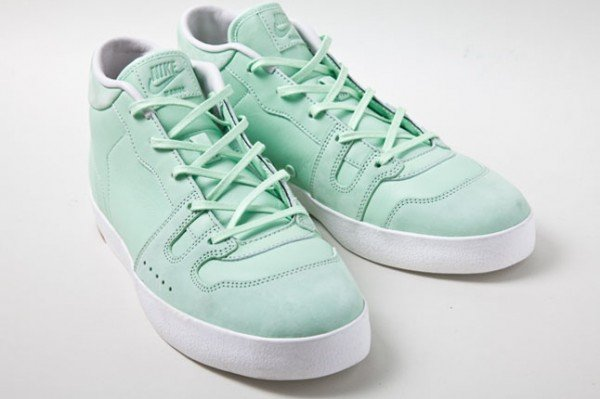 Nike Manor 'Fresh Mint' - Spring 2012