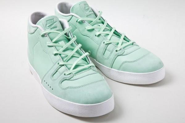 Nike Manor  Fresh Mint  - Spring 2012  b966e52f59