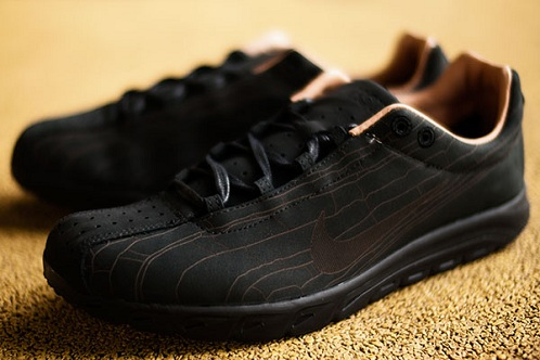 Nike Mayfly - Black/Brown