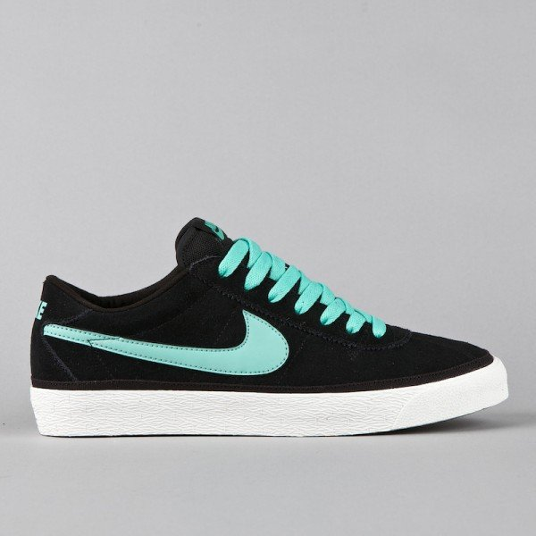 Nike SB Bruin - Black/Mint-Swan - Now Available