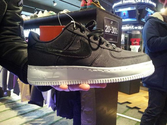 more photos a03c7 51a69 Nike Air Force 1 Low Year of the Dragon First Look