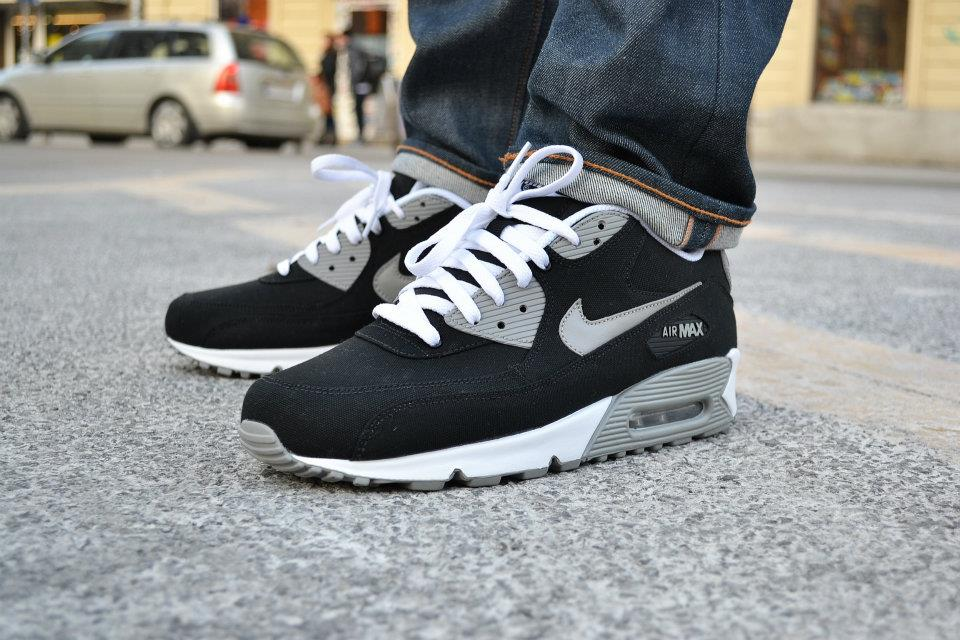 nike-air-max-90-canvas-spring-2012-2