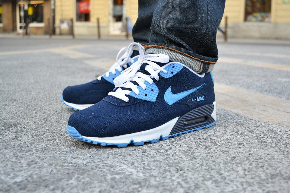 nike-air-max-90-canvas-spring-2012-3