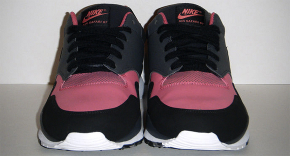 Nike Air Safari 87 Infrared 2012