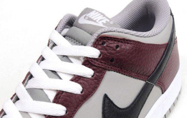 nike-dunk-low-burgundy-grey-3