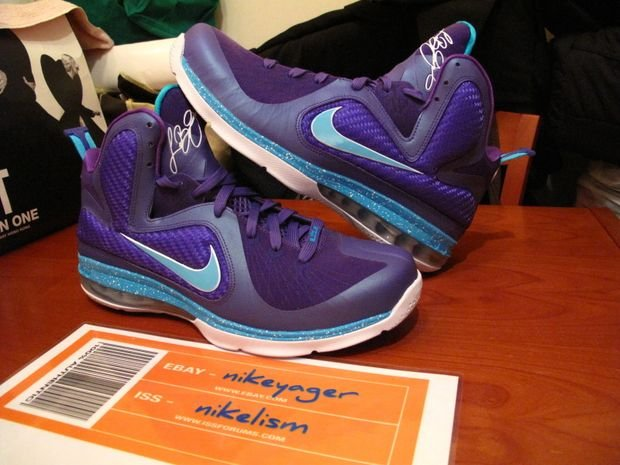 nike-lebron-9-summit-lake-hornets-another-look-3