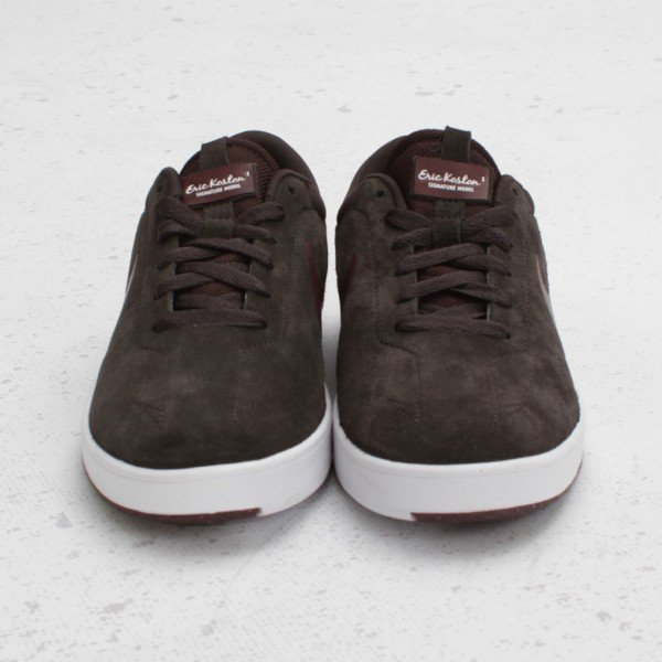 Nike SB Eric Koston 'Tar/New Redwood' - Now Available
