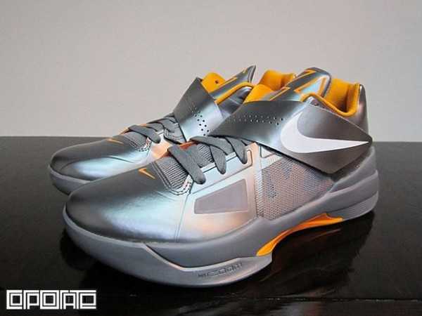 Nike Zoom KD IV 'Cool Grey' - Now Available
