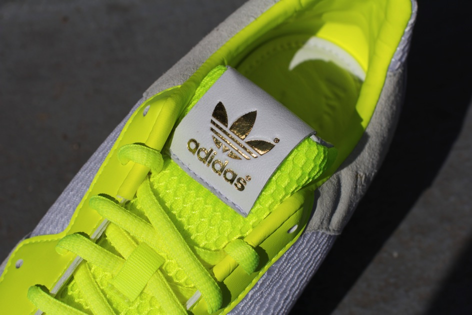 4b989307a9e50 70%OFF adidas Originals by David Beckham ZX 800 Electric Now Available