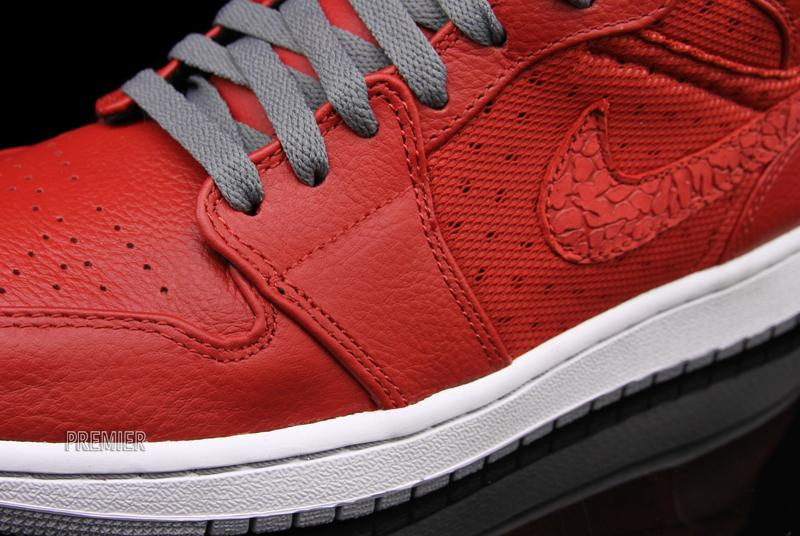 Air Jordan 1 Phat 'Varsity Red' - Now Available