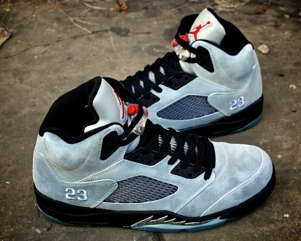 Air-Jordan-V-(5)-Retro-Custom-'Metallic'-by-Proof-Culture-1