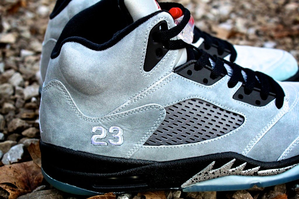 Air-Jordan-V-(5)-Retro-Custom-'Metallic'-by-Proof-Culture-3