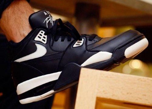 Nike Air Flight 89 Black/Cool Grey - Available Now
