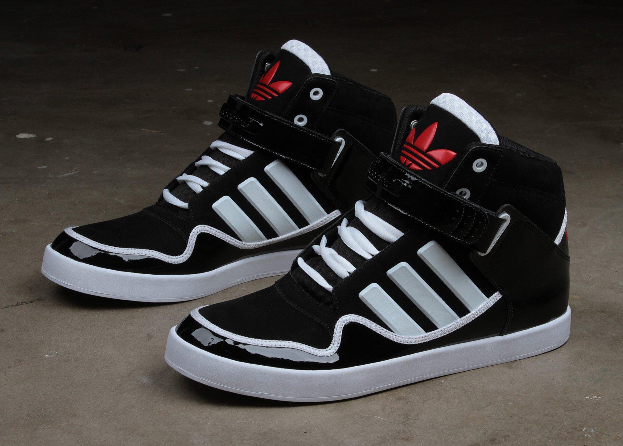 new product de3e6 35b53 adidas-originals-ar-2-0-chicago-3