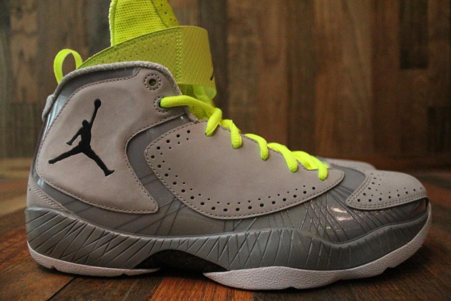 Air Jordan 2012 'Wolf Grey' - Detailed Look