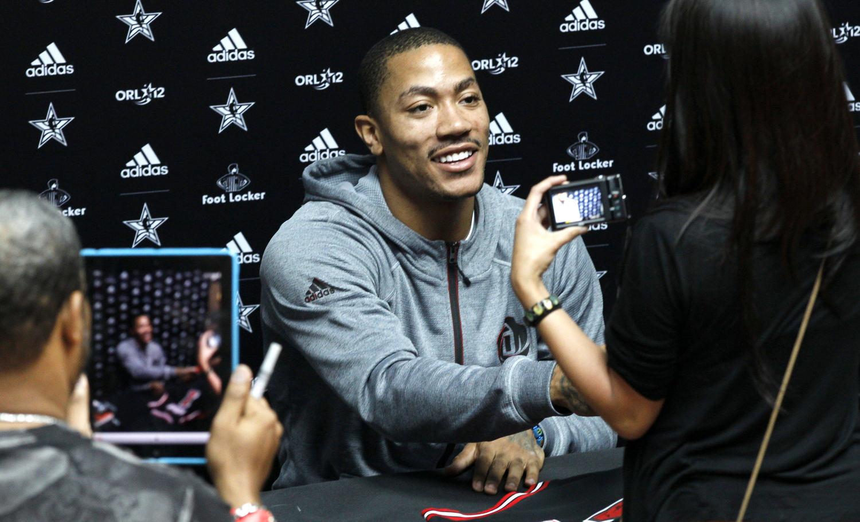 derrick-rose-fan-appearances-all-star-weekend-2012-3