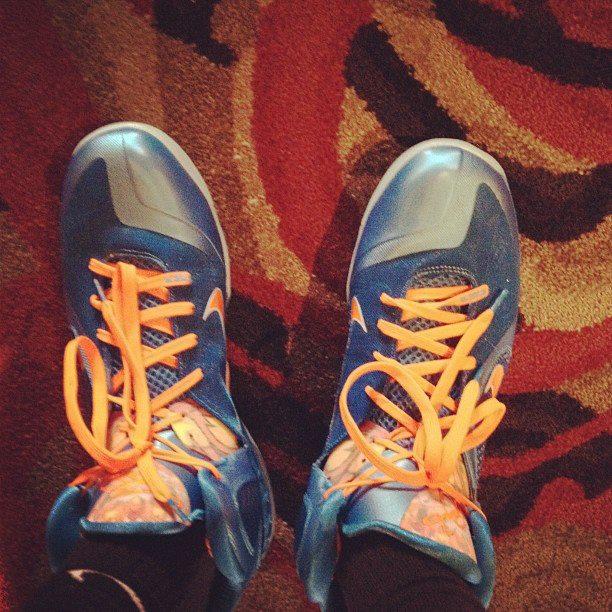 Kevin Durant Rocks Nike LeBron 9 'China'