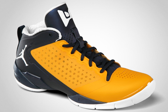 Jordan Fly Wade 2 'Marquette' - Official Images