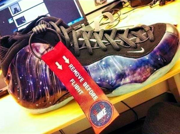 Nike Air Foamposite One 'Galaxy' Hitting NikeStore