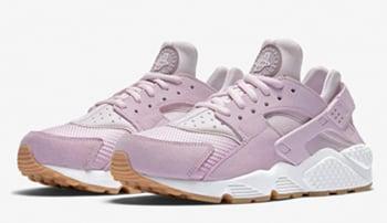 Nike Air Huarache Easter Bleached Pink