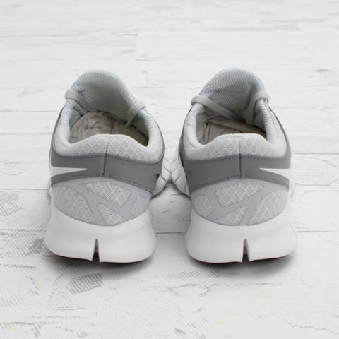Nike Free Run+ 2 'Pure Platinum/Stealth' - Now Available